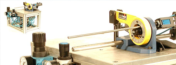 Cisailles pour fils ronds, méplats et profilés.%%%Cisailles à disques de coupe.
